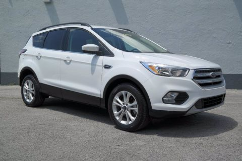 Pre-Owned 2018 Ford Escape SE FWD Sport Utility