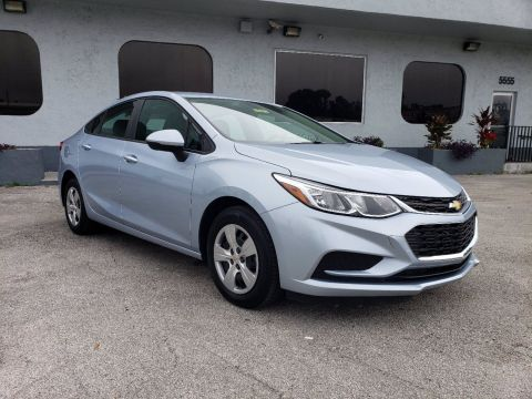 Pre-Owned 2018 Chevrolet Cruze LS FWD 4dr Car