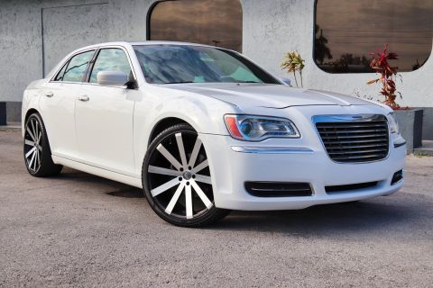 Pre-Owned 2012 Chrysler 300 RWD 4dr Car