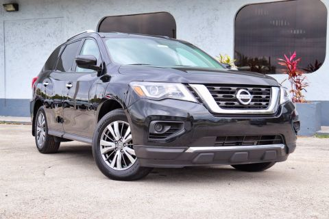 Pre-Owned 2018 Nissan Pathfinder S FWD Sport Utility