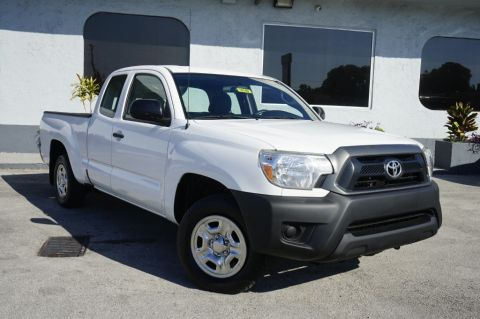 Pre-Owned 2015 Toyota Tacoma RWD Extended Cab Pickup